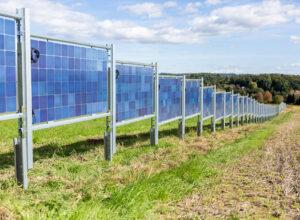 Solarzaun bei Alexander Thurner von den Stadtwerken Hartberg